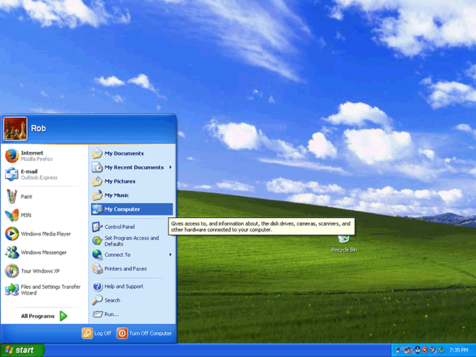 My Computer link highlighted in the Start menu on Windows XP